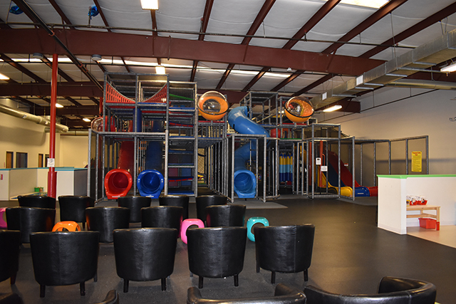Jennifer Ellis Music Classes at Pogo Play Giant Play Structure